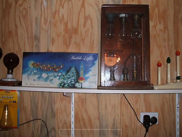 24 - Tom Carlisle bubble lights_ working lamp display.JPG